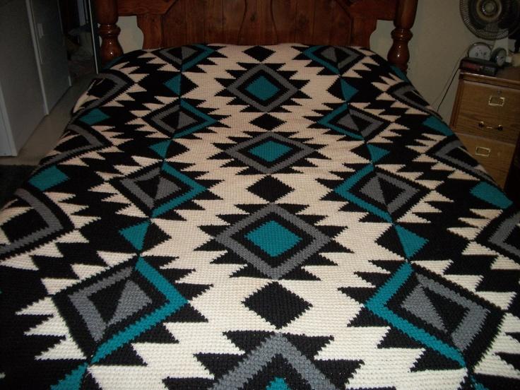Artful aztec bedspread hipster pinterest bedspreads for Aztec bedroom ideas