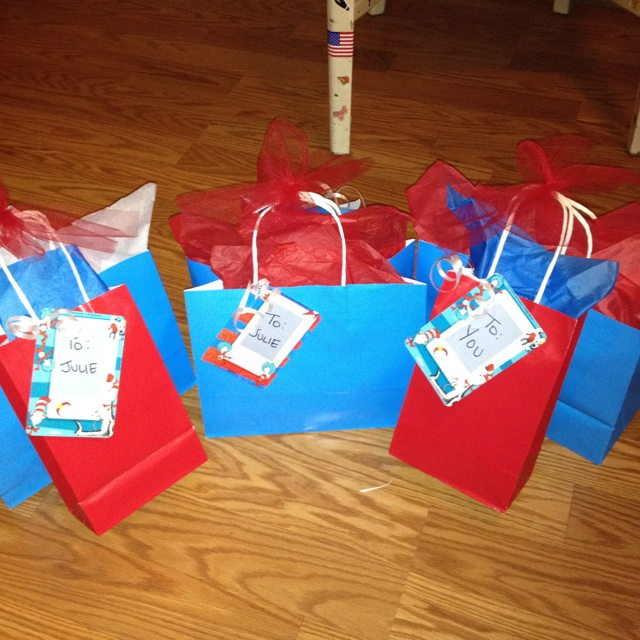 Baby Shower Prizes For Game Winners: 17 Best Images About Dr Suess Baby Shower On Pinterest