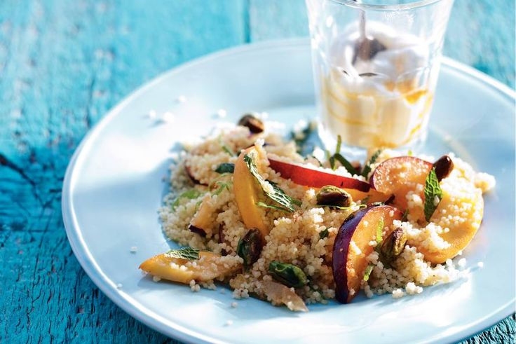 Couscous met abrikoos en pruim - Recept - Allerhande