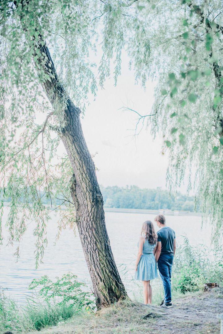 Engagement photo by Joanna Zawislan | Elite Wedding. www.elitewedding.pl