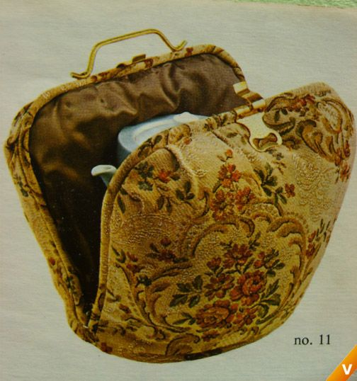 The best way to keep your thee (pot) warm - look out for a vintage one like this Dutch 'theemuts'