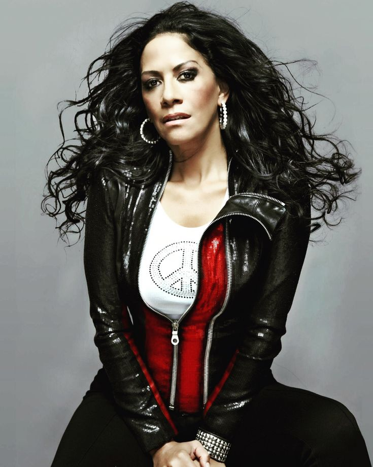 Don't miss jazz-woman drummer legend SheilaE this Sunday, Jan 14 at The RialtoTucson 7:30pm. Tix: ticketfly.com/purchase/mobil… She worked with Prince, Beyoncé, Marvin Gaye, Herbie Hancock. #Tucson