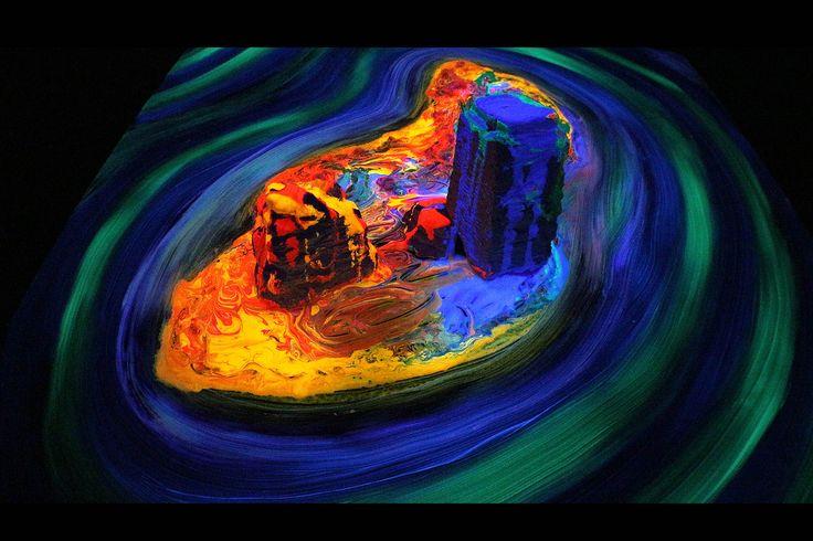 ANANTALOKA - 3D painting on glass, Xneon acrylic paint & Satiniq luminous acrylic glow paint. -heidiwerner2017-