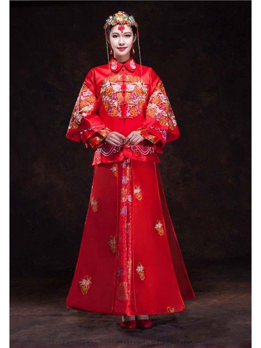 Chinese traditional wedding dress toast cheongsam bride wedding suit red gown vintage heavy heandwork embroideried big rose #xiuhe #cntraditionalchineseclothing