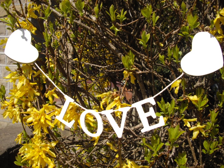 hanging love sign - how nice is this?
