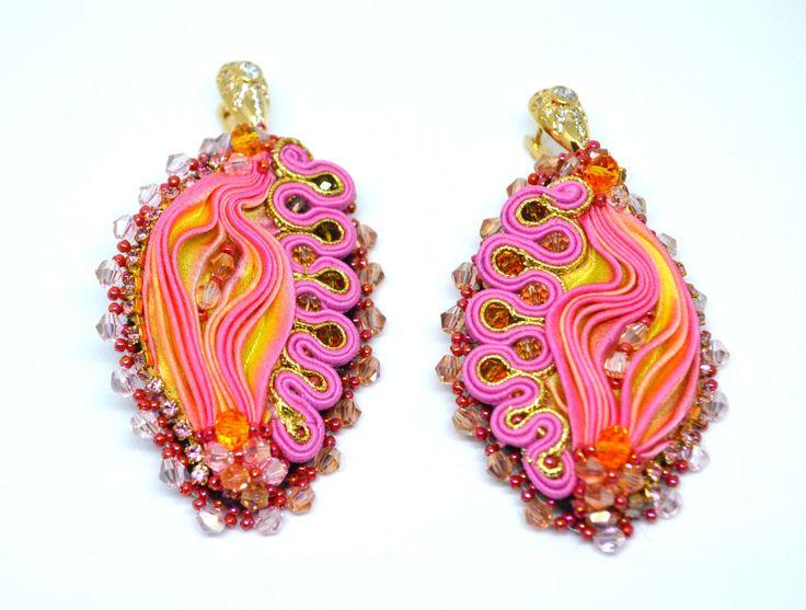 Shibori silk ribbon and soutache earrings by MarutasJewellery on Etsy