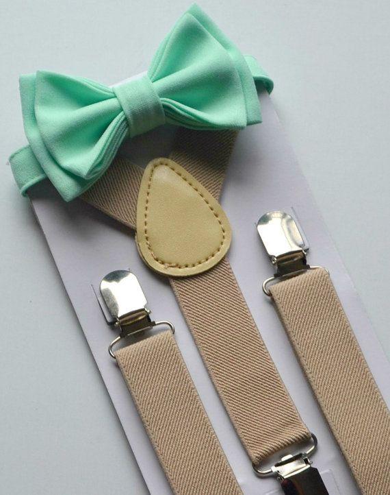 Noeud papillon bretelles--Tan / bretelles Beige--noeud papillon de menthe--anneau porteur Outfit--garçons anniversaire Outfit