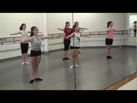 ▶ Ashani Mfuko's Advanced Jazz Class Warm-Up at The Joffrey Ballet School in NYC - YouTube