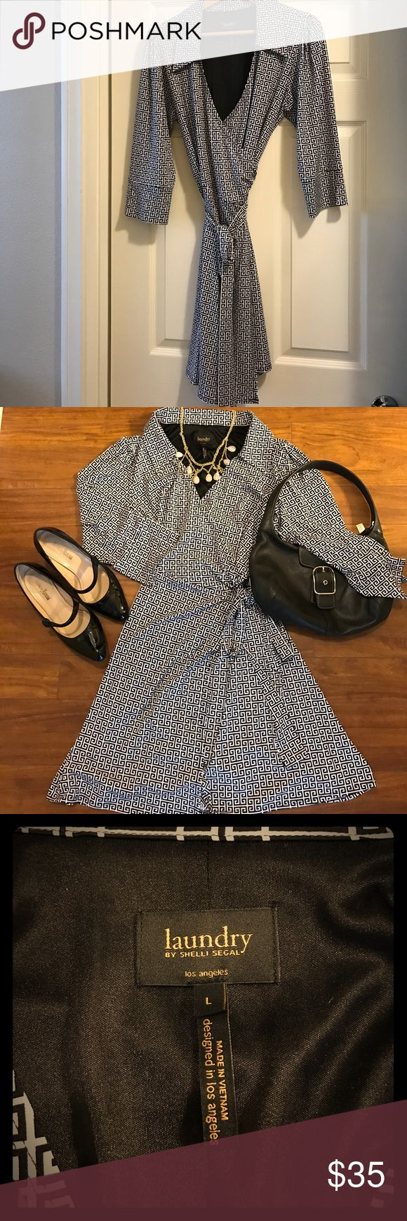 Laundry Dress Adorable classic wrap dress 👗 Laundry by Shelli Segal. Like new condition. Laundry by Shelli Segal Dresses Midi