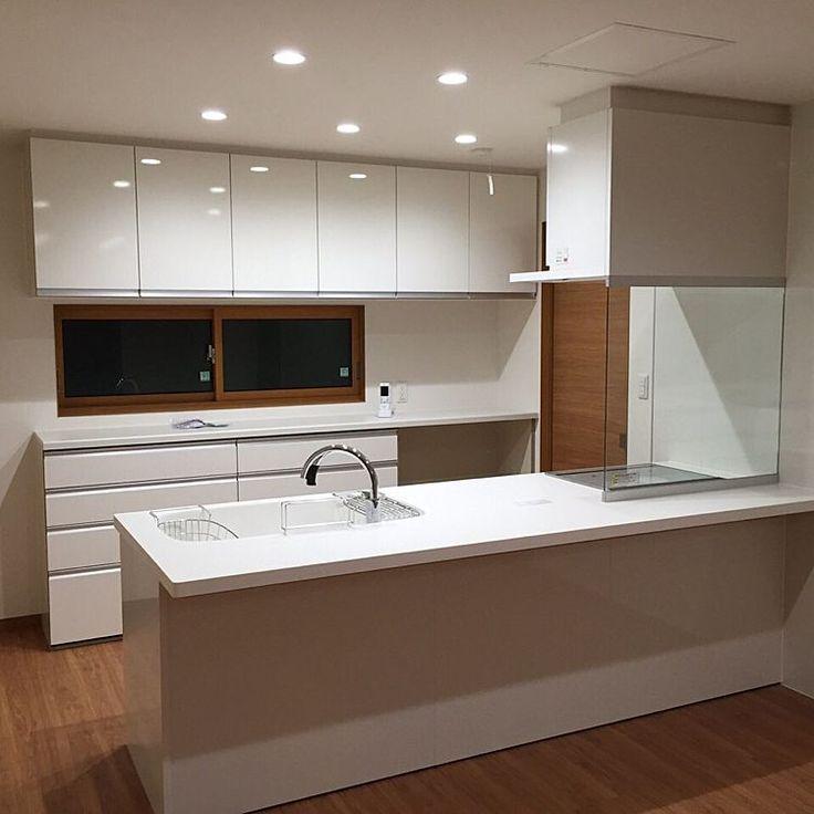 キッチン ダウンライト 照明 注文住宅 新築 などのインテリア実例 2015 09 30 21 40 33 Roomclip ルームクリップ システムキッチン リビング キッチン キッチン間取り