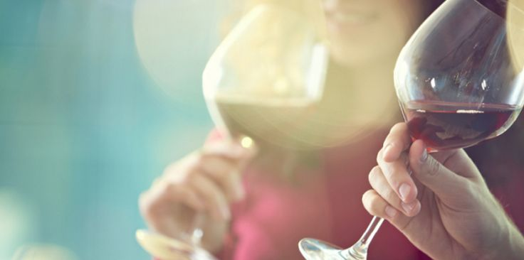 Did you know that red wine is 120 calories? Before you head out tonight, make sure you're aware of the amount of calories you'll be drinking!