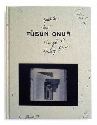 """Füsun Onur'un kitabı """"Aynadan İçeri"""" en iyi 50'de   http://www.nouvart.net/fusun-onurun-kitabi-aynadan-iceri-en-iyi-50de/"""