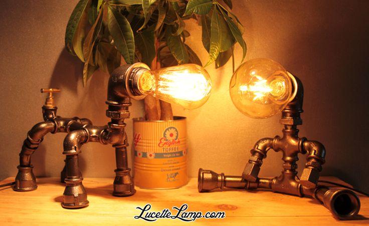 industrial pipe lamp, plomberie, dogpipe, Lampe métal Loft, lampe vintage, pipe lamp, steampunk, lampe en tuyau de fonte,  ampoule Edison,  déco industrielle, lampe cuivre, Lampe industrielle, déco atelier, lampe de table en tube acier, luminaire, décor industriel, , mobilier industriel,  raccords de tuyauterie en acier, lampe de bureau, raccords de plomberie, raccords de tuyauterie en métal, tuyau acier, Light Water Pipe, iron pipe lamp, raccord, noir, lampe à poser