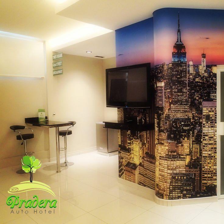 New York Suite cuenta con jacuzzi y sauna.