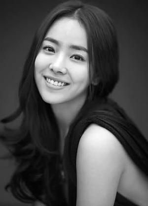 Han Ji Min / 한지민 , south korean actress