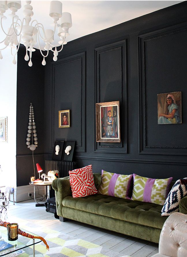 Black Wall Interior with black mouldings - eclectic decor inspiration