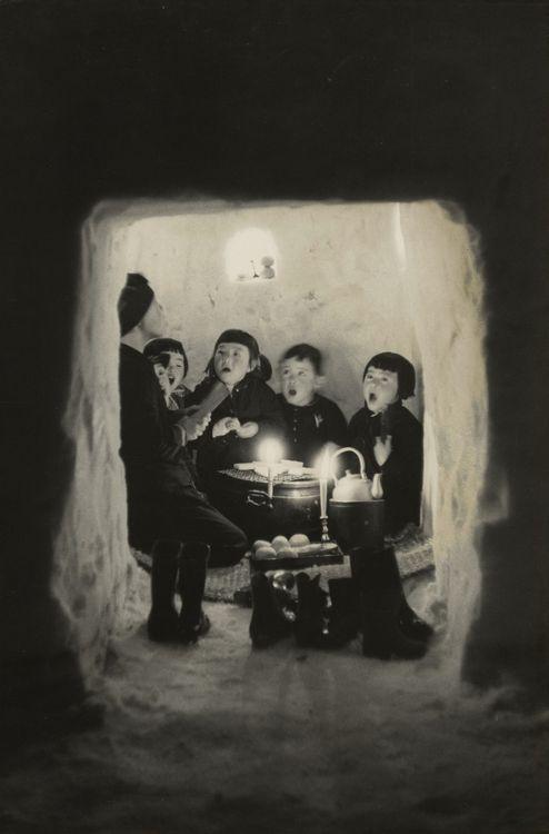 © Hiroshi Hamaya - Children singing in a snow cave, Niigata Prefecture, Japan 1956. S)