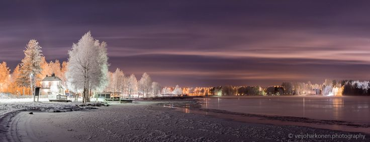 Värttö Riverside - A violet moment in the Oulu winter