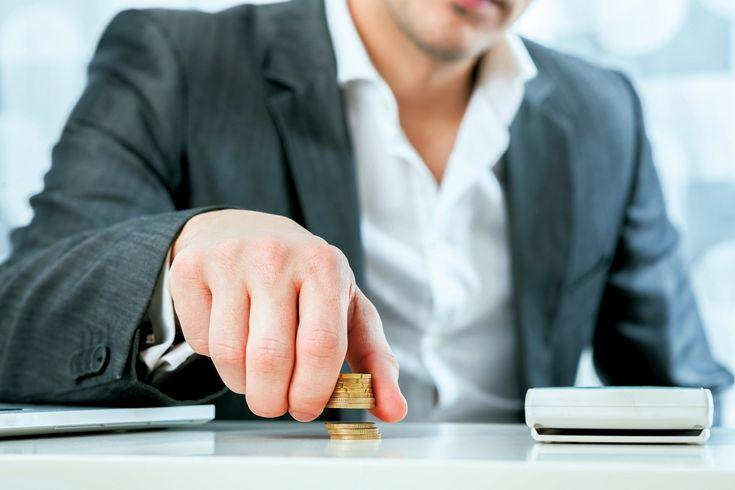 La prime d'activité se substitue, depuis le 1 er janvier2016, au RSA d'activité et à la prime pour l'emploi. Les travailleurs non-salariés ayant des revenus modestes peuvent en bénéficier. Un article recommander par http://entreprise-solutions.com