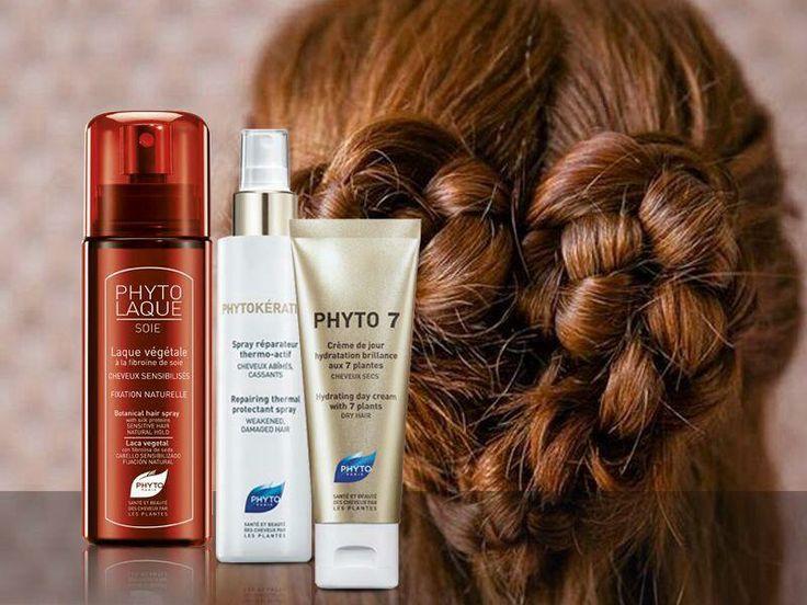 Εδραιωμένες αγάπες των μαλλιών σου και απόλυτη υγεία!  Σε νωπά μαλλιά PHYTOKÉRATINE Spray θερμοενεργό για γέμισμα της τρίχας με υγεία. PHYTO7, μαλακτική κρέμα που δεν λαδώνει και δεν βαραίνει τα μαλλιά, με 7 βότανα χωρίς ξέβγαλμα που την έχεις στην τσάντα σου όλη μέρα για μαλλιά υγιή, απαλά, λαμπερά. PHYTOLAQUE Soie, απόλυτα φυτική λακ για κράτημα χωρίς προωθητικά αέρια και με απόλυτο σεβασμό στα μαλλιά σου.