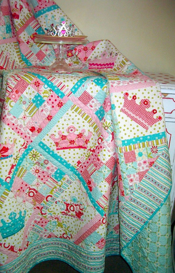 little girl quilt patterns   Thanks to Riley Blake fabric and Amanda from The Quilted Fish for this ...
