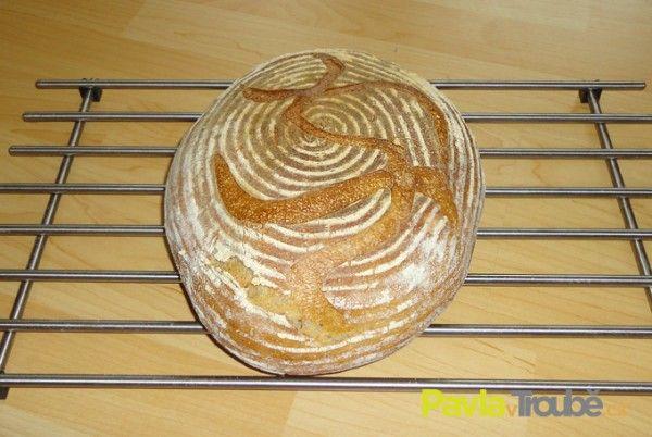 Kváskový chleba pšenično-žitný | Upeč třeba chleba | Recepty