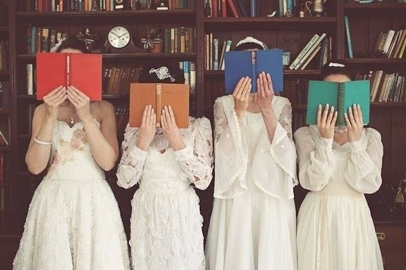 How To Have The Best Literary Wedding Ever // THEY'RE BOOK THEMED WEDDINGS. AAAAAHHHHHH