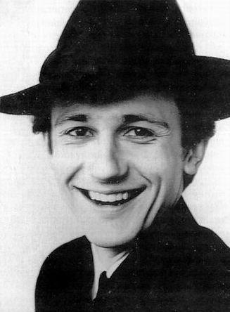a cute guy in a hat....