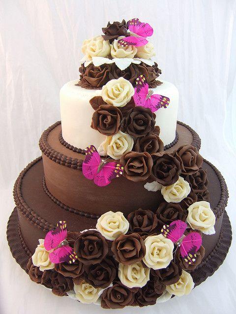 chocolate wedding cake!  Beautiful.  #weddingcakes