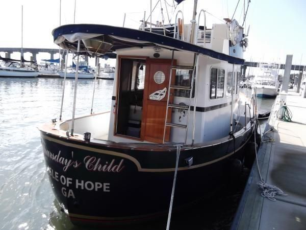"1973 Willard 30 Vega ""Nomad"" Pilothouse Trawler Power Boat For Sale -"
