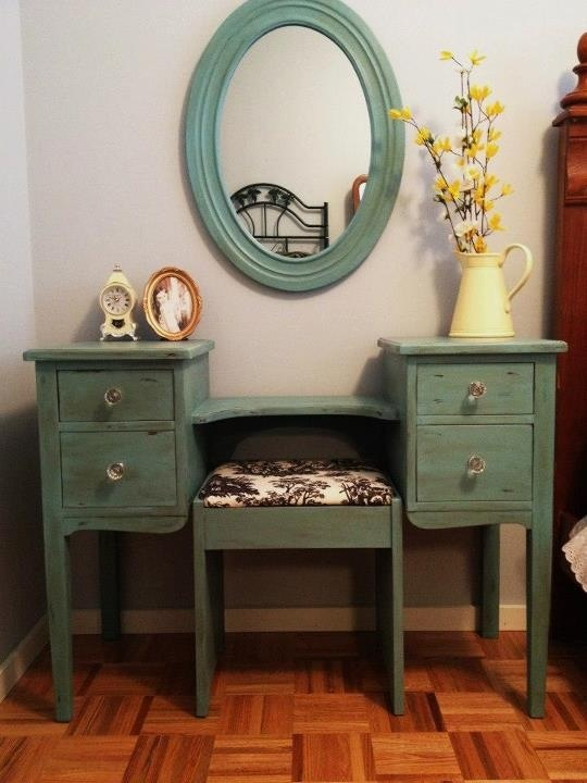 turquoise vanity with toile fabric covered seat