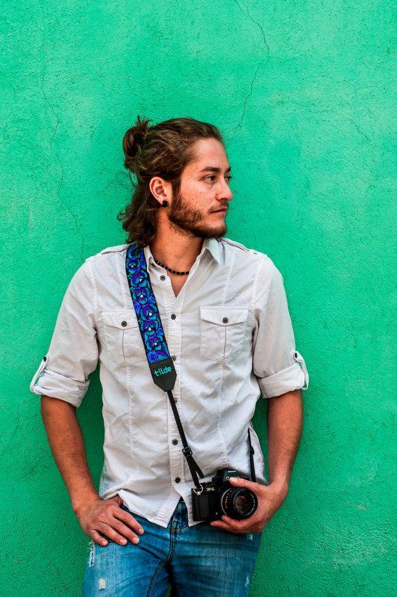 Leder-Kameragurt mit traditionellen guatemaltekischen Stickerei, Geschenk-Fotograf, DSLR Kamera Gurt-Vine in Türkis, blau, grau - ENC3