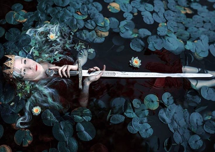 Portrait of Medieval knight by a Seattle-based photographer Kindra Nikole…