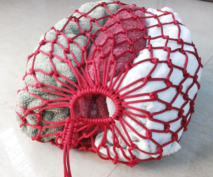 68 best paracord images on pinterest paracord ideas for Paracord drawstring bag