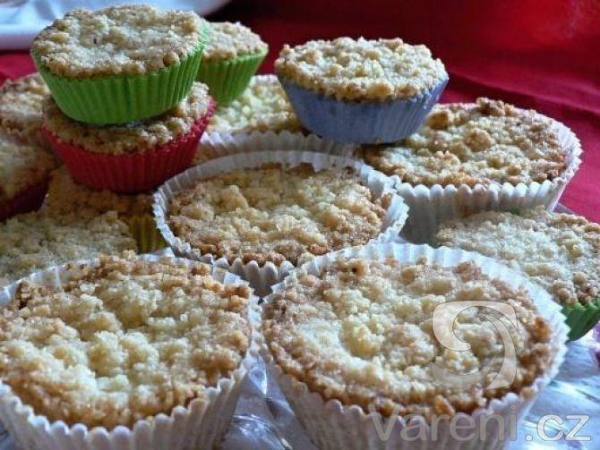Snadný recept na drobenkové muffiny s tvarohem, které máme u nás doma snědené coby dup!
