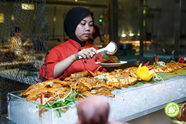 SELERA MALAYSIA RAMADHAN BUFFET @ GOBO CHIT CHAT, TRADERS HOTEL KLCC  GOBO Chit Chat at Traders Hotel KLCC brings you with their Selera Malaysia Buffet Promotion in conjuction of the holy month. Celebrate your time and enjoy the scrumptious buffet from 18 June 2015 till 16 July 2015 with the huge variety.    Started off with the salad Bar, you will get the...  Read more @ https://www.malaysianfoodie.com/2015/06/selera-malaysia-ramadhan-buffet-gobo-chit-chat-traders-hotel-