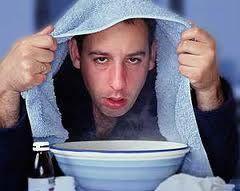 """ТЕРМОЯДЕРНЫЙ РЕЦЕПТ ОТ ПРОСТУДЫ. Отличное средство от простуды и просто вкусный, полезный, согревающий напиток! Я вообще большой приверженец народной медицины, убеждаюсь не раз, что рецепты наших бабушек бывают намного эффективнее таблеток и микстур. """"Термоядерный """"рецепт от простуды. По-моему проще не бывает, но эффект просто удивительный.    Нам надо сделать следующее:  В кружку кладем:  1 ст.л. малинового варенья 1 ст.л. меда 1 ст.л. лимонного сока 1 ст.л. коньяка 1 таблетку аспирина"""