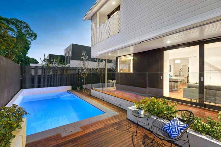 Property details - Camberwell 106 Rowell Avenue