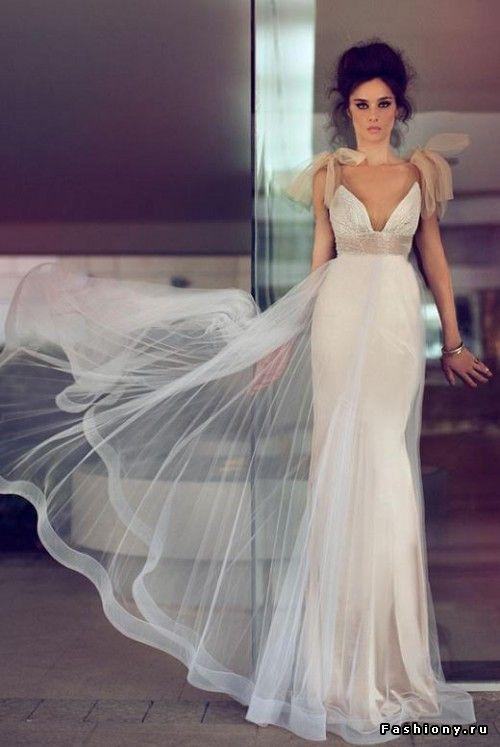 Необычные свадебные платья от Zahavit Tshuba