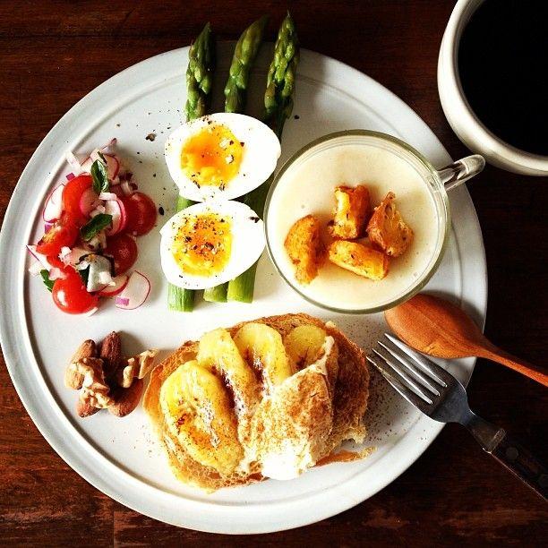 Today's breakfast. Sauteed bananas, Vanilla ice cream and Cinnamon. Potato Soup 焼いたバナナにバニラアイスとシナモン、じゃがいものポタージュ - @keiyamazaki- #webstagram