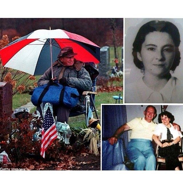 """قمة الحب والوفاء """"روكي ابالسمو وزوجته جوليا""""... يزور قبر زوجته كل يوم يجلس بجوارها ساعات طويلة على مدى 20 عاماً حتى دفن بجانبها الأسبوع الماضي"""