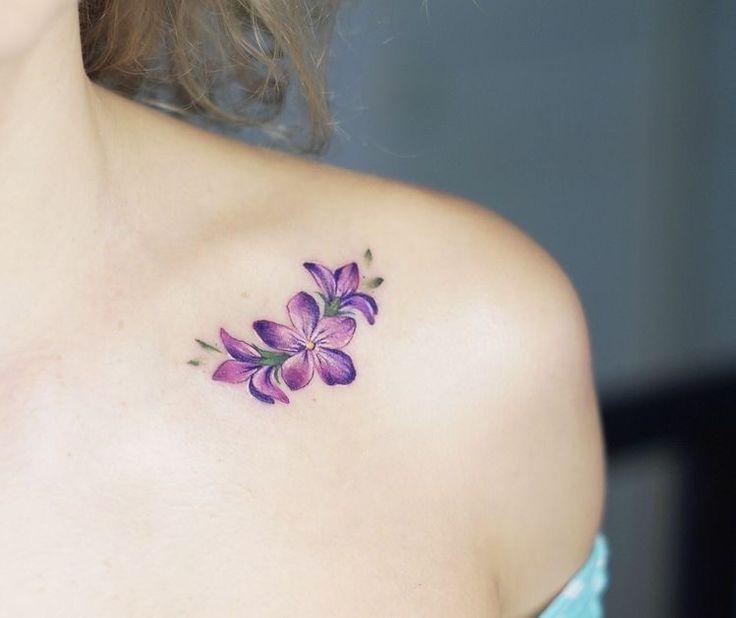 Petunias Tatuajes Annual Plants In 2020 Violet Tattoo Purple Flower Tattoos Flower Tattoo Shoulder