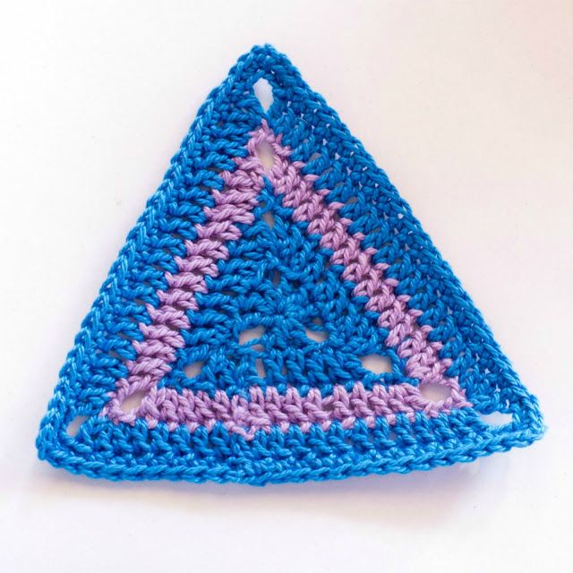 How To: Crochet A Triangle Motif via Hopeful Honey