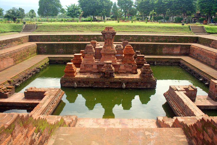 Candi Tikus, a 14th century bathing place in Majapahit empire capital city, Trowulan Archaeological Park, East Java, Indonesia. 28 December 2007