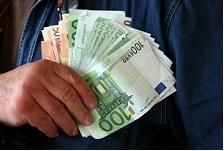 There are a couple of problems that may occur when there's an instant need to have cash. The solution for this adversity is to apply for a quick cash loan. This is a loan that's proven to be efficient particularly in Finland; in catering for those who are in immediate need of cash. In Finland, quick loans are known as pikavippi You can find important hints and details about this type of loan written below.