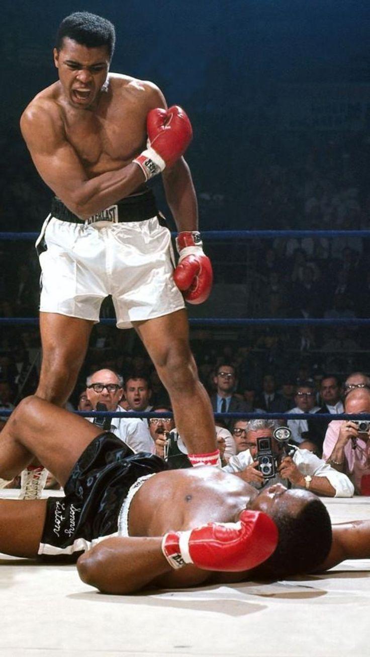 Foto Ikonik Muhammad Ali vs Sonny Liston: Bangun dan Bertarunglah!