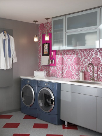 I so want a pink & white laundry room!!  Adorable!!  I would absolutely paint my washer/dryer in a pink/white theme, maybe a matching damask print.