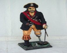 Pirates lame Statue