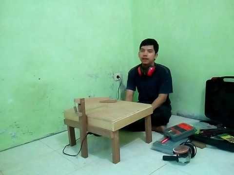 Membuat meja scroll saw menggunakan mesin gergaji triplek jigsaw - YouTube