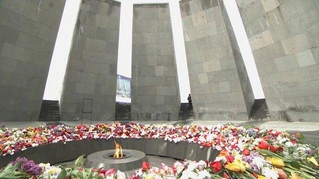 G1 - Armênia faz um minuto de silêncio em memória de vítimas de genocídio - notícias em Mundo